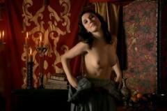 Sibel Kekilli, strange courtesan