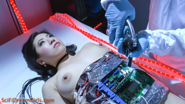 Eye Candy: New discovery – fembot porn site SciFi Dreamgirls